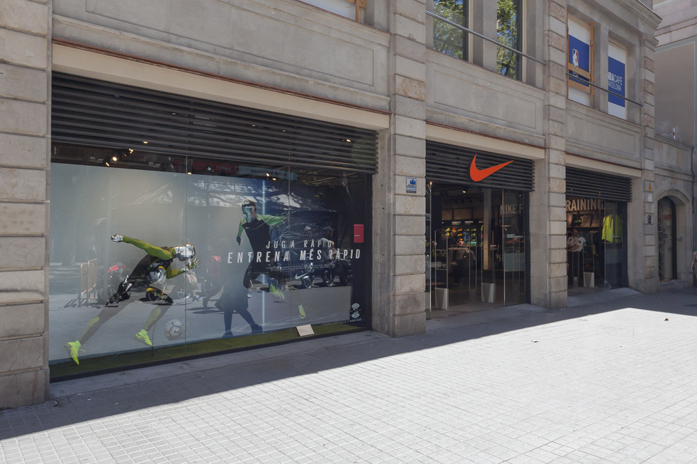 Nike busquets galvez locales for Nike barcelona oficinas